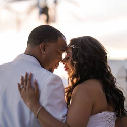 Exquisite 20 Minute On-Site Posed Photo Shoot for Las Vegas Wedding