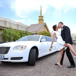 Round-trip Limousine Service for Las Vegas Wedding